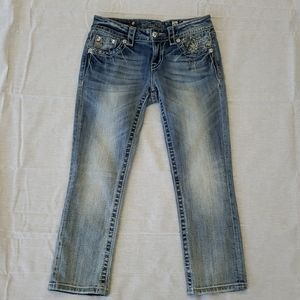 Miss Me Signature Cropped Jean Size 26